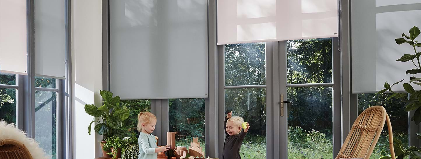 Luxaflex Roller Blinds: The healthier blind choice Image
